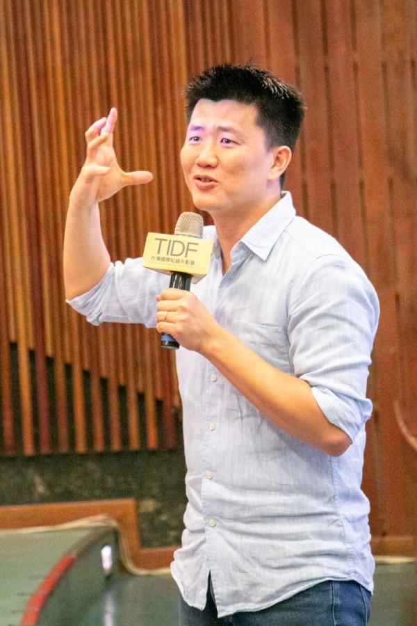 TIDF台中巡迴《不即不離》映後座談,導演廖克發