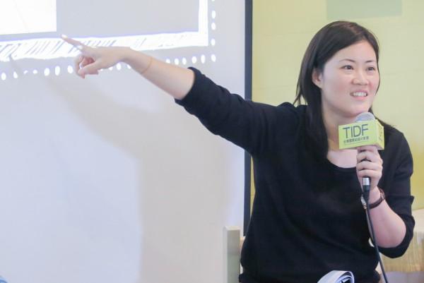 紀錄片聊聊吧:影展巡迴的意義和策略@璞石咖啡,女性影展策展人羅珮嘉