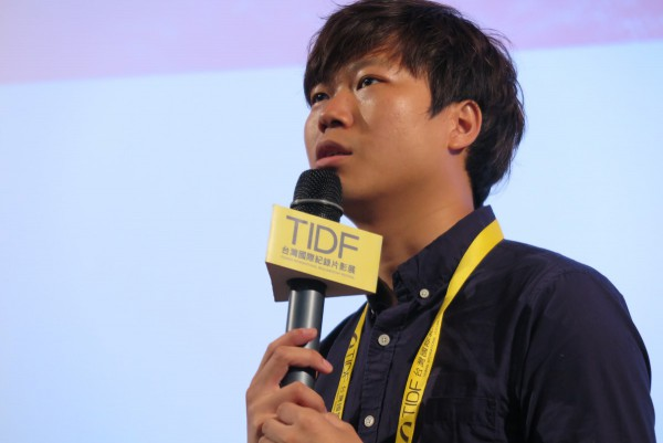 陳梓桓,《亂世備忘》導演  CHAN Tze-woon, director of Yellowing