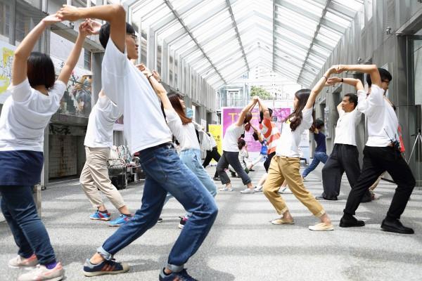 早安瑜珈 Morning Yoga 2016.05.08&05.14 @ SPOT Huashan 光點華山電影館影像穿廊